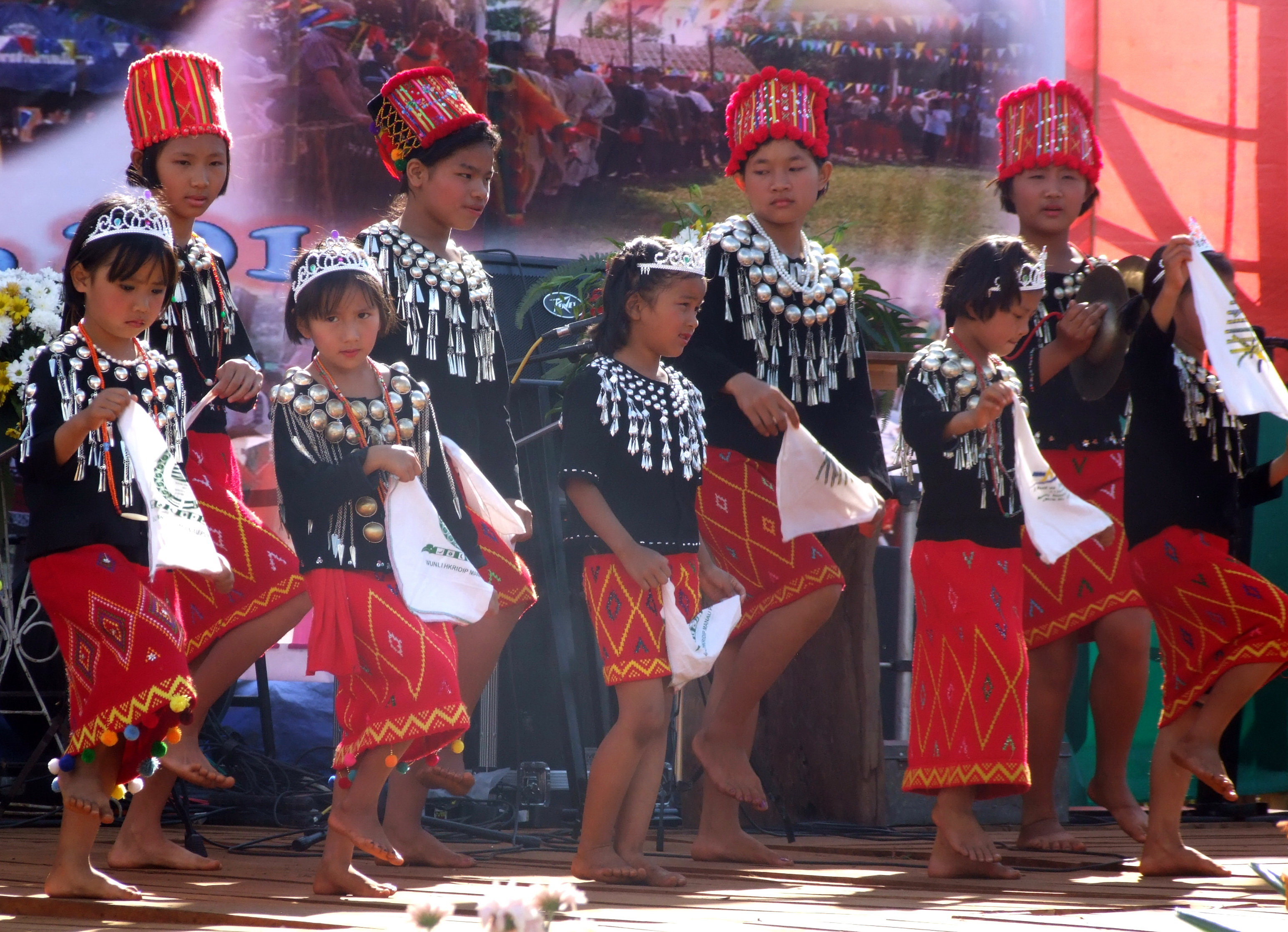 kachin Profile the kachin encompass a number of ethnic groups speaking almost a dozen distinct languages belonging to the tibeto-burman linguistic family who inhabit the same region in the northern part of burma on the border with china, mainly in kachin state.